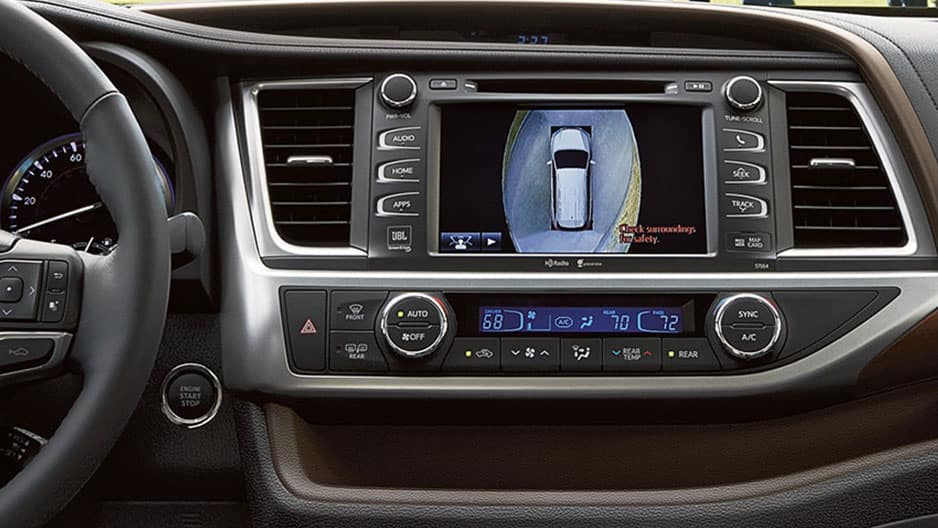 Safety Features of the New Toyota Highlander at Garber in Waukegan, IL