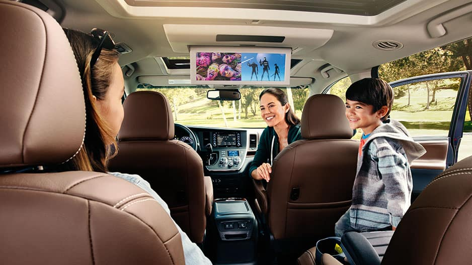 Technology Features of the New Toyota Sienna at Garber in Waukegan, IL