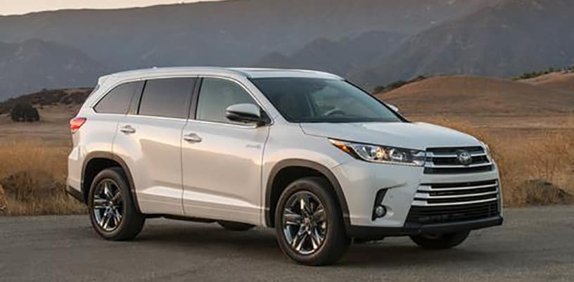 Toyota Sienna Redesign 2018 >> Hop in a 2018 Toyota Highlander Hybrid - Garber Fox Lake Toyota