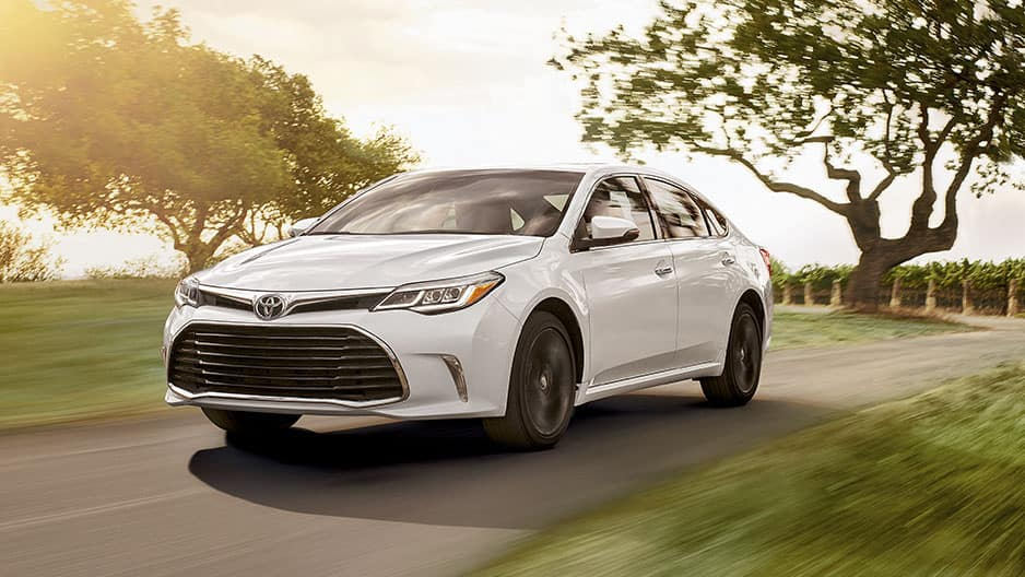 Performance Features of the New Toyota Avalon at Garber in Waukegan, IL