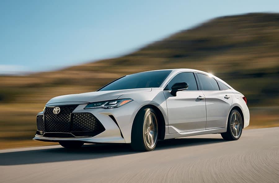 Toyota Avalon Hybrid Vs Honda Accord Hybrid