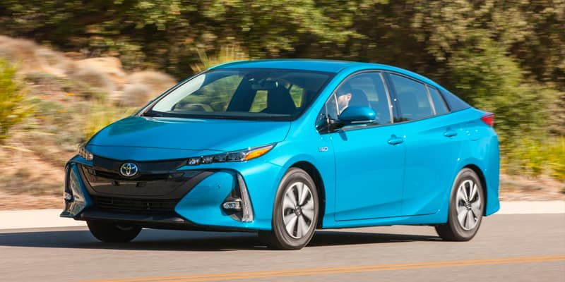 2020 Toyota Prius Prime Debuts With More Space And Tech