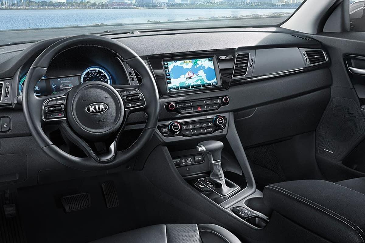 Toyota Prius c Vs  Kia Niro