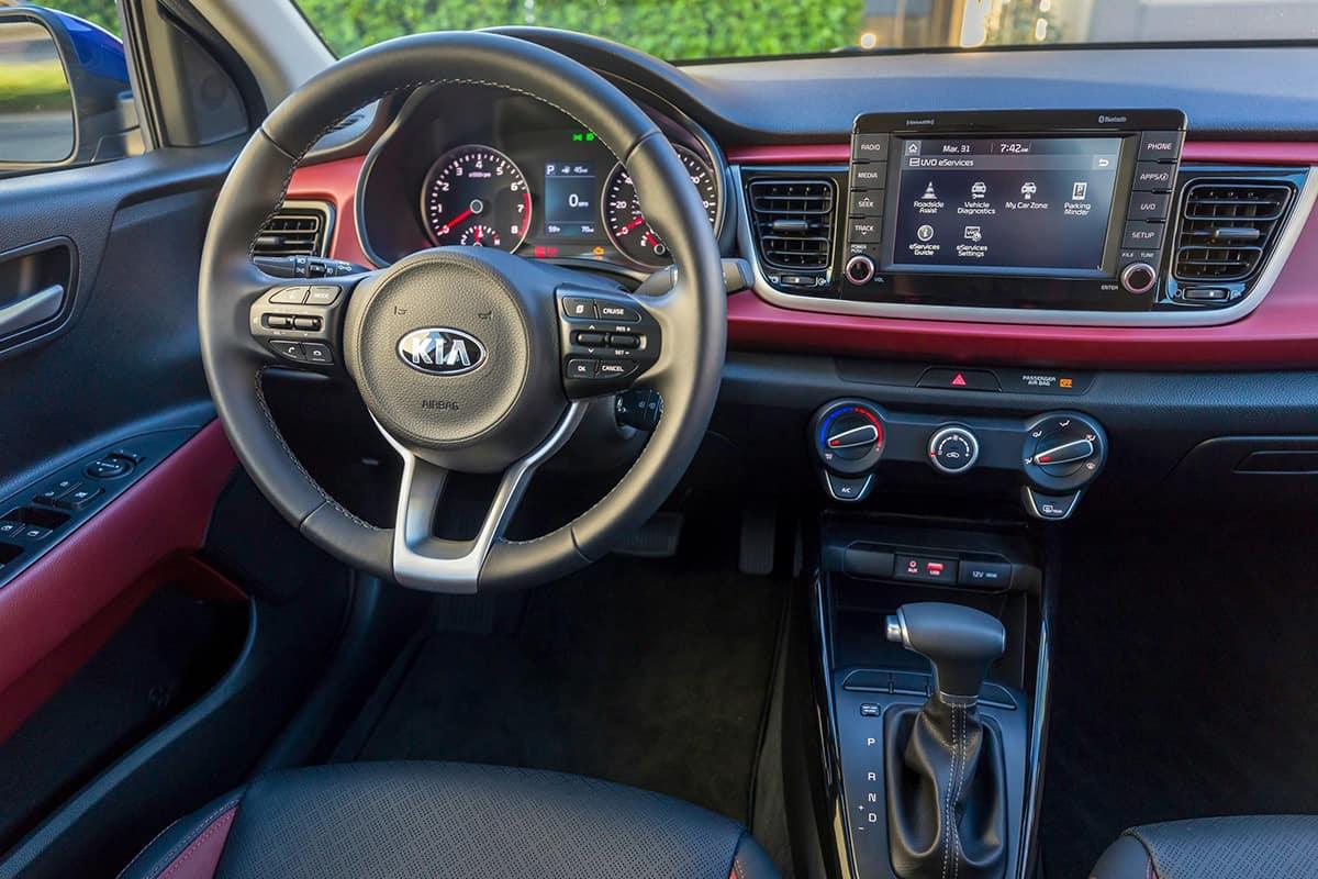 Toyota Yaris Vs Kia Rio Sedan