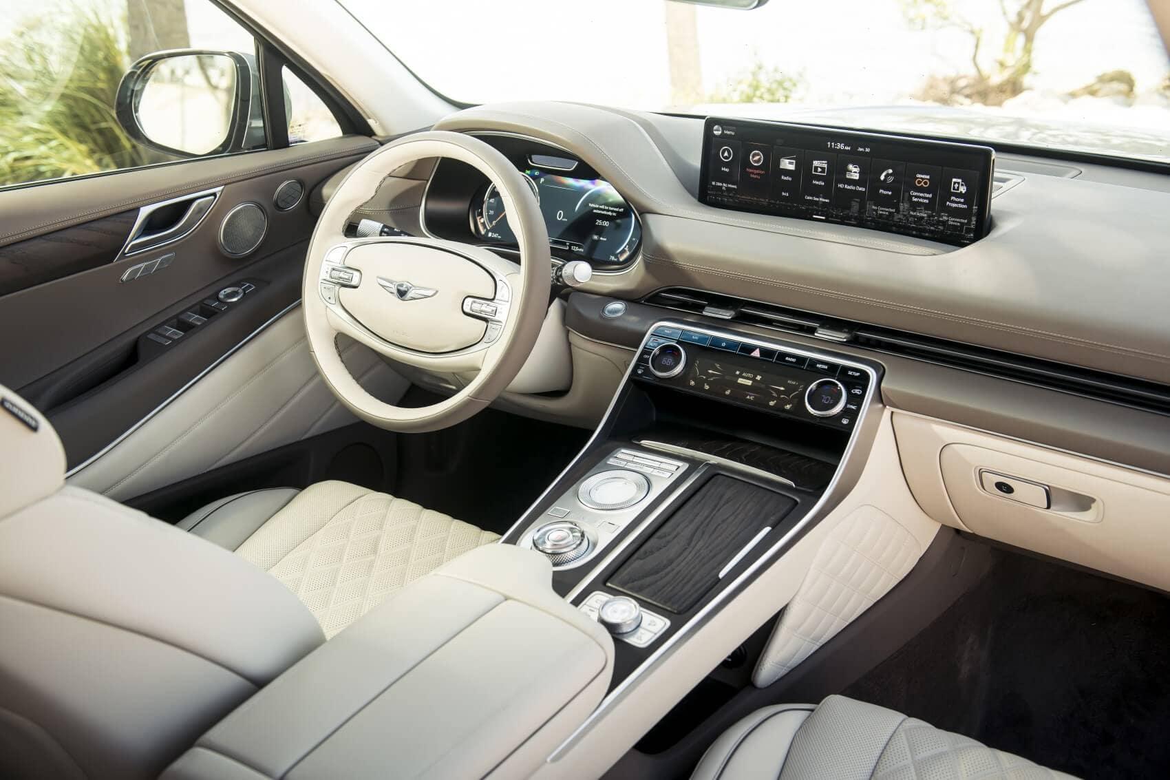Genesis GV80 vs BMW X5 Technology