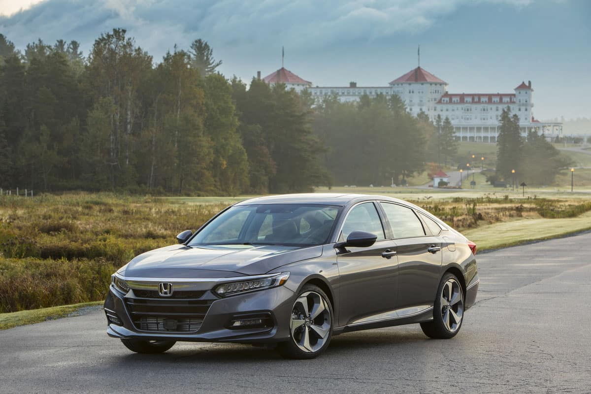 cf66cb451213 2018 Accord Named Overall Best Buy of 2018 as Honda Models Win 7 of 12  Kelley Blue Book Awards