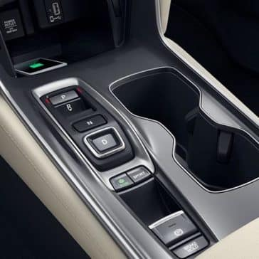 2018 Honda Accord console details