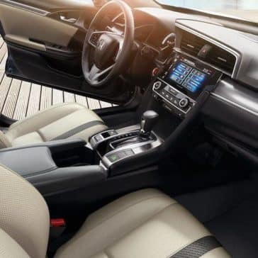 2018 Honda Civic interior view