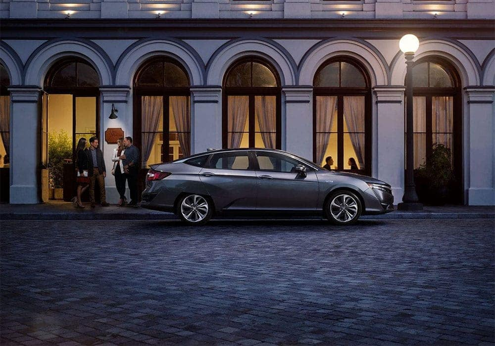 2019-Honda-Clarity-eco-conscious-convenience