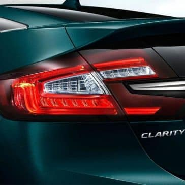 2019-Honda-Clarity-in-display-audio-touch-screen_0001_2019-Honda-Clarity-phev-rear-led-taillights