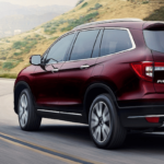 2020 Honda Pilot on curvy road