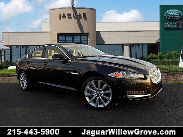 Certified Pre-Owned 2013 Jaguar XF V6 AWD AWD