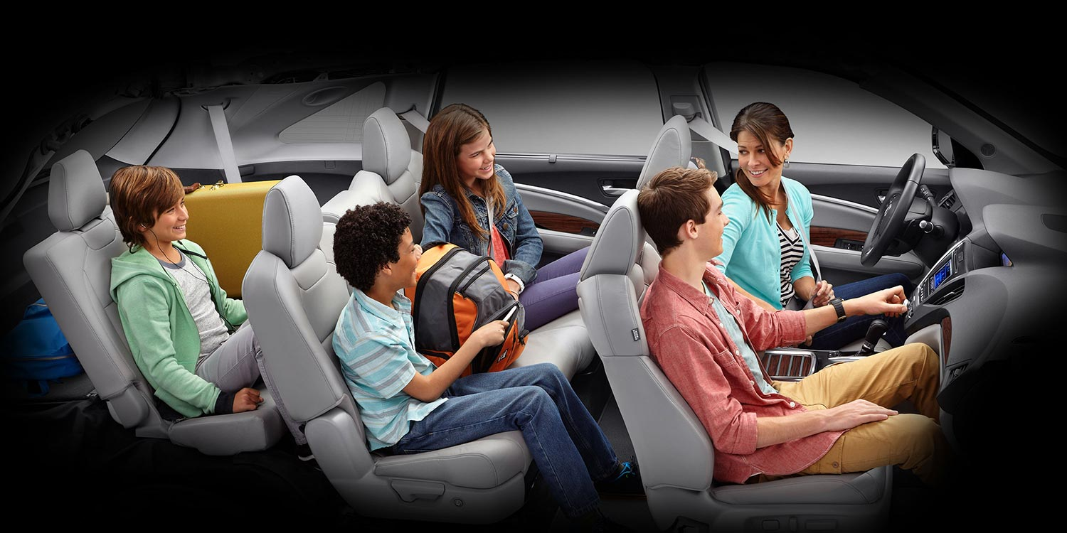 7 passengers in MDX with third row seating
