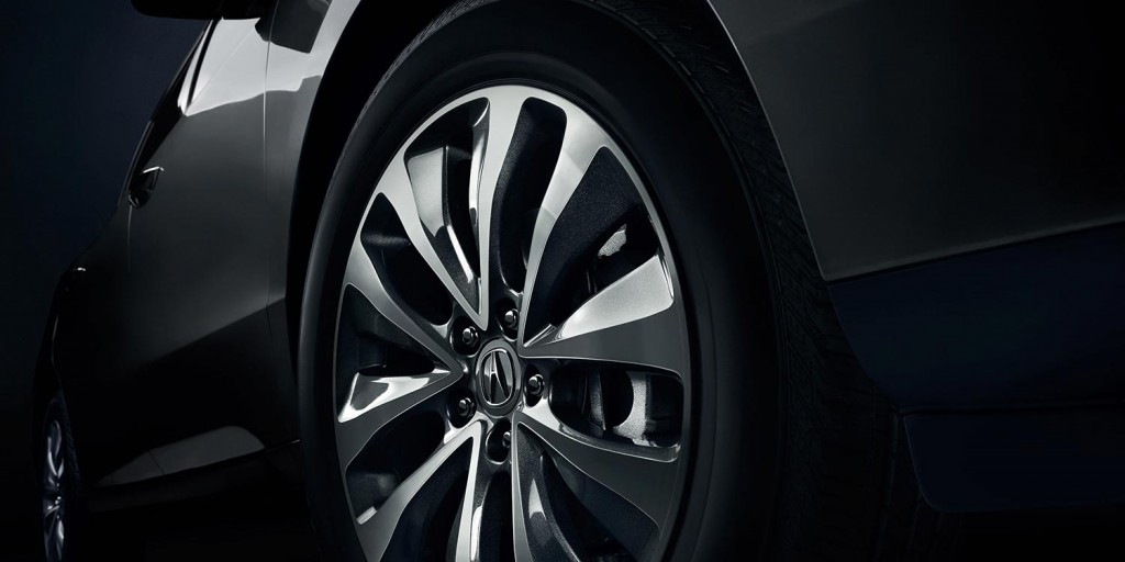 Details of exterior wheel of MDX with Tech Package