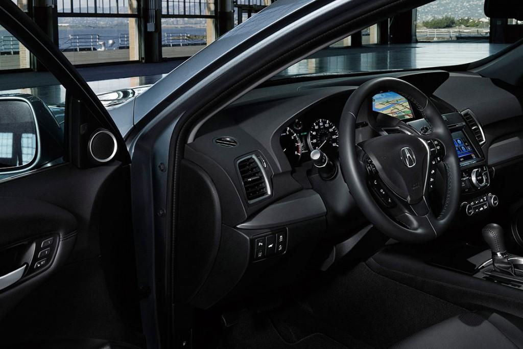 2016 Acura RDX cabin