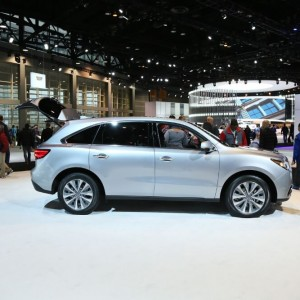 2016 Acura MDX Side Exterior