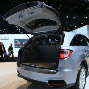 2016 Acura RDX Liftgate and Cargo Space