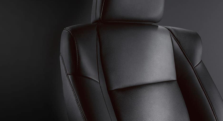 2017 Acura ILX Premium Package: leather seats
