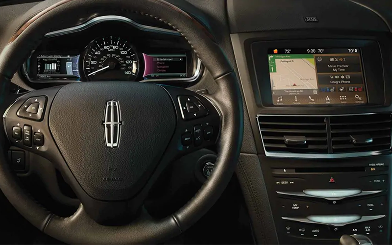 Lincoln MKT Technology