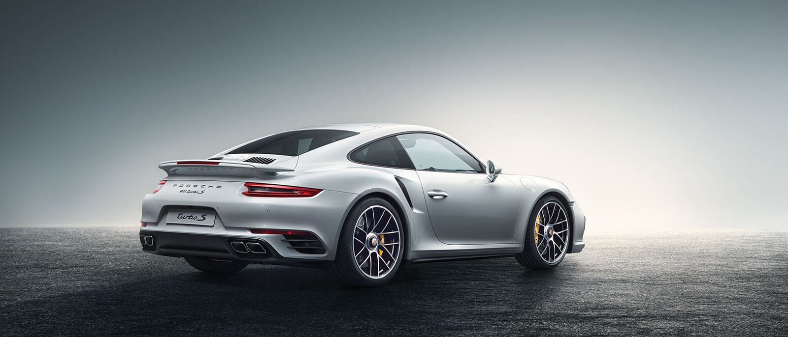 2016 Porsche 911 Turbo S rear view