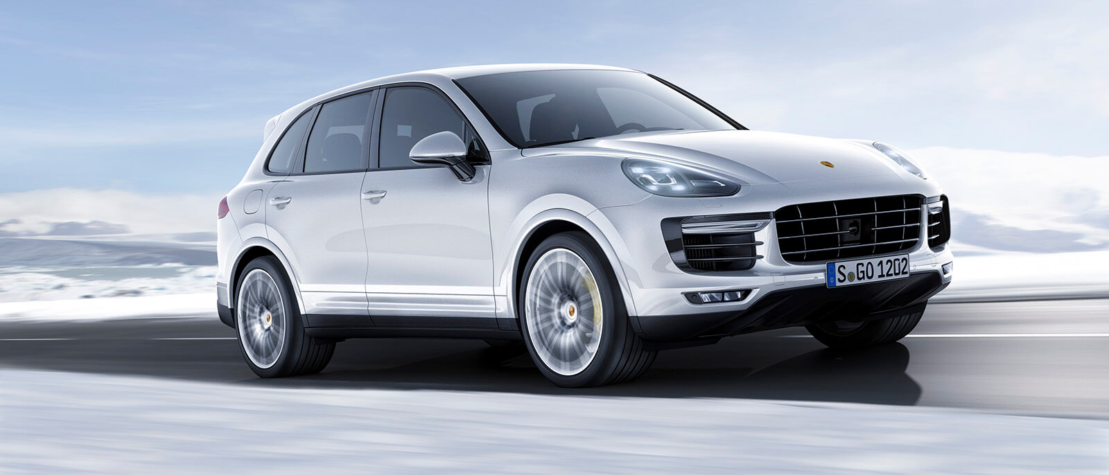2017 porsche cayenne turbo s snow