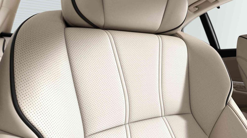2018 Acura RLX leather seats