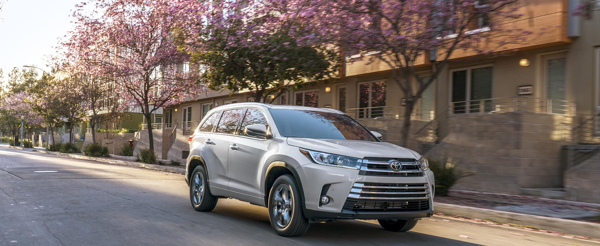 Trim Levels of the 2019 Toyota Highlander | Lancaster Toyota