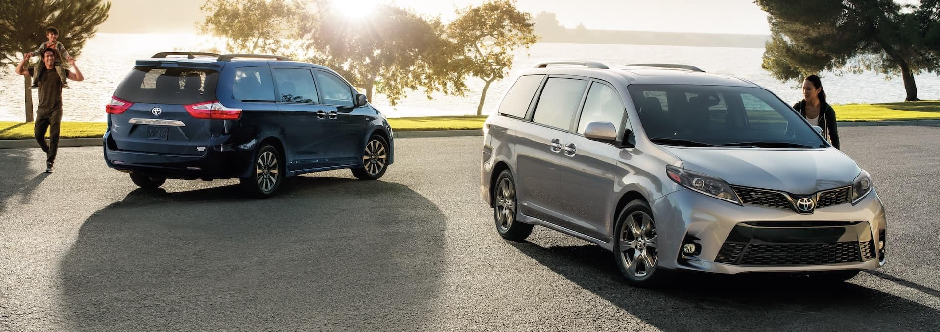 Compare the Toyota Sienna with the Honda Odyssey at Lancaster Toyota of East Petersburg | 2021 Toyota Siennas parked in the sunlight