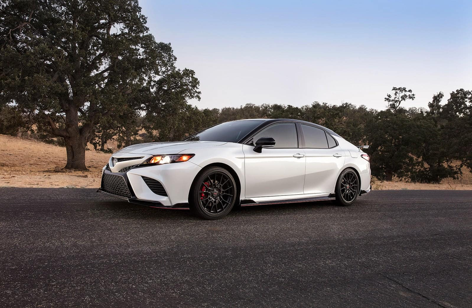 what different tire options are available at Lancaster Toyota |
