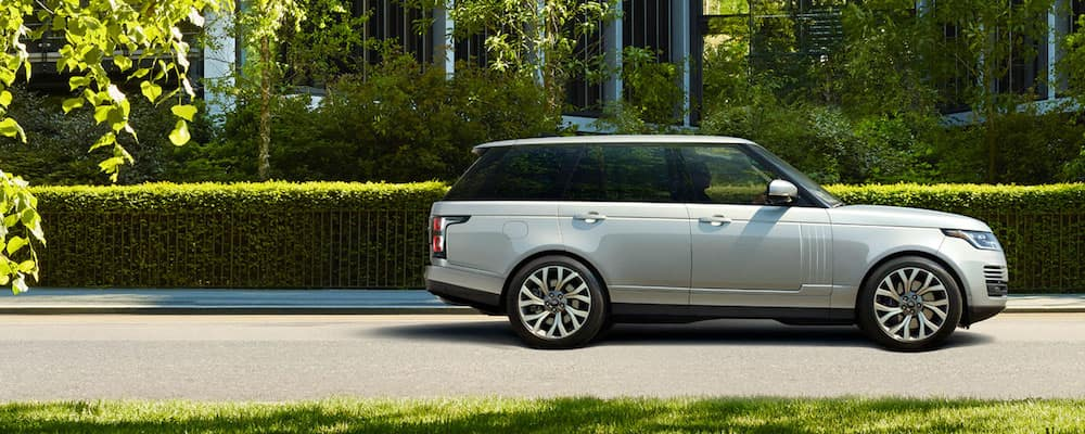 Range Rover Willow Grove >> 2019 Land Rover Range Rover vs. 2019 Ford Explorer | Land Rover Willow Grove
