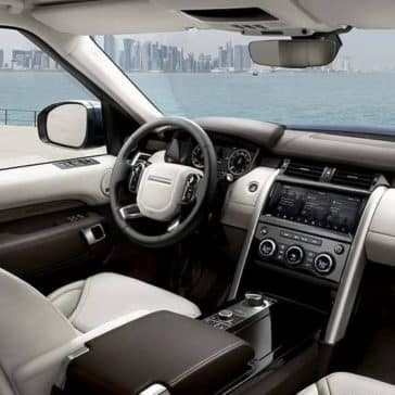 2020-Land-Rover-Discovery-Dash
