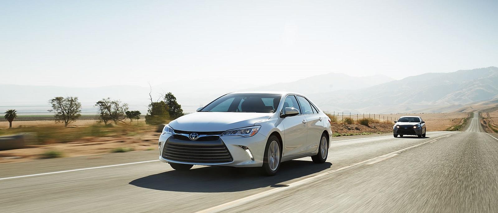 2017 Toyota Camry white exterior