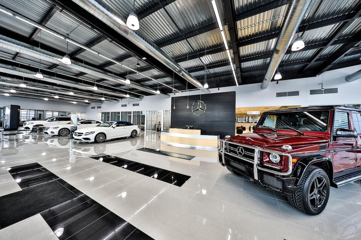 Mercedes-Benz Draper Inside the dealership