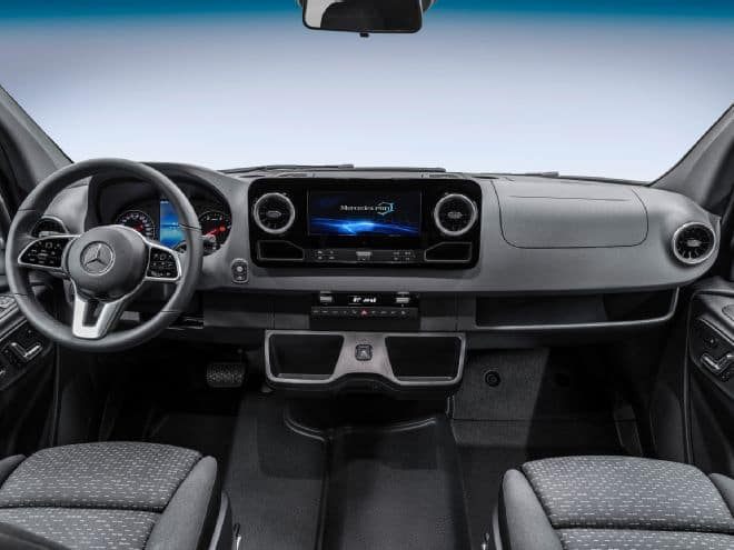 2019 Mercedes-Benz Sprinter Infotainment MBUX
