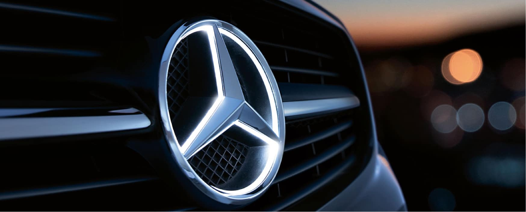Mercedes-Benz Illuminated Star