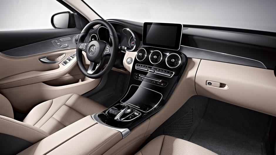 2017 Mercedes Benz C Class Vs 2017 Lexus Es