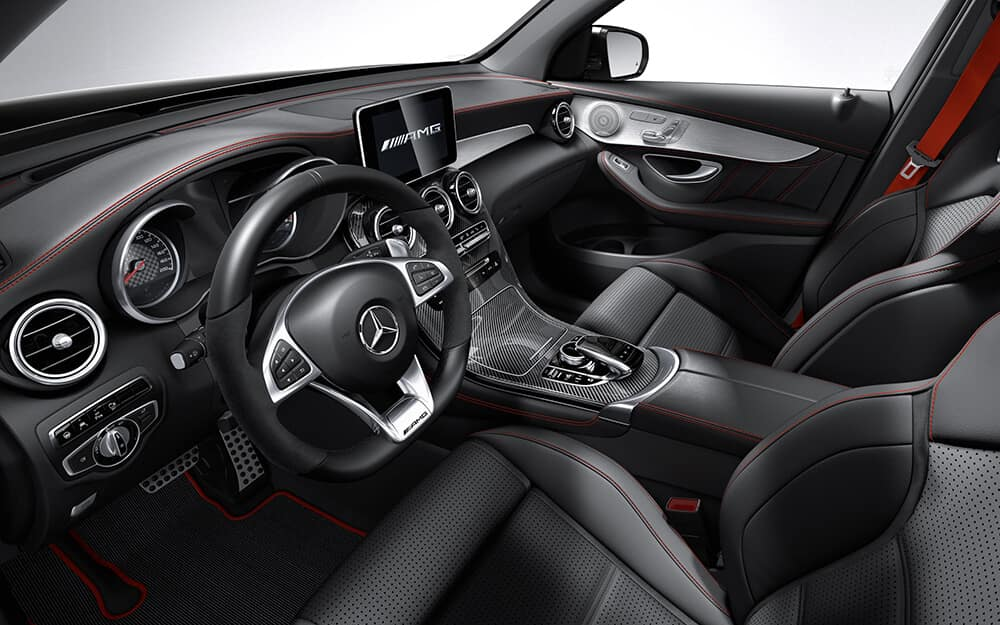 2018 Mercedes-Benz GLC dashboard