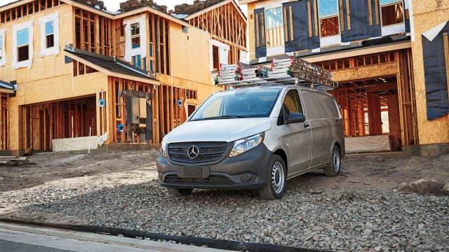 2018 Metris Cargo Van exterior