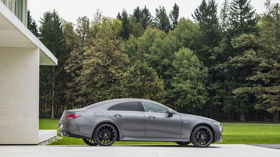 2019 Mercedes Benz Cls Class Vs 2019 Cadillac Xts Mercedes Benz Of