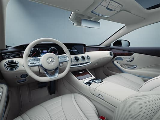 2019 Mercedes-Benz C-Class Interior | Mercedes-Benz of Milwaukee North