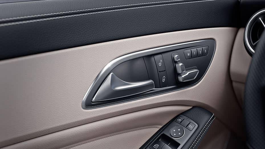 2019 Mercedes-Benz CLA controls