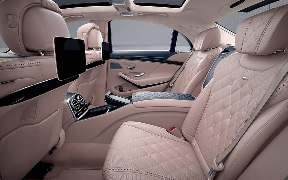 2020 MB S-Class Rear Entertainment