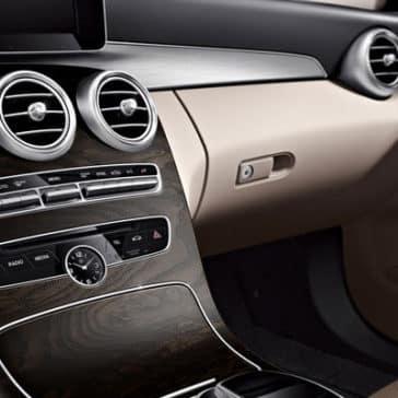 2018 Mercedes-Benz C-Class dashboard