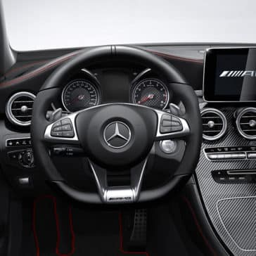 2018 Mercedes-Benz GLC steering wheel