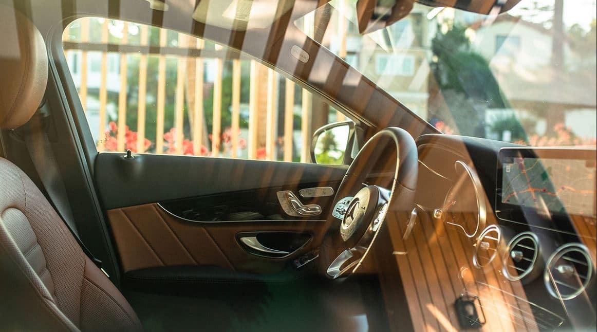 2020 Mercedes-Benz C-Class interior