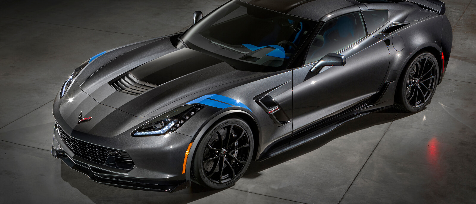 the 2017 chevrolet corvette stingray grand sport. Black Bedroom Furniture Sets. Home Design Ideas