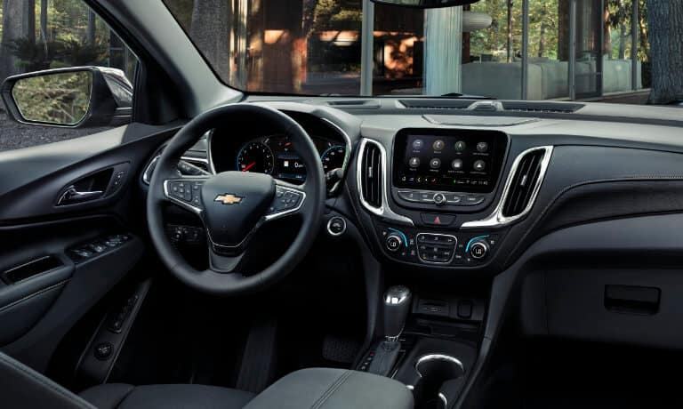 19Chevy-Equinox-InteriorFrontView