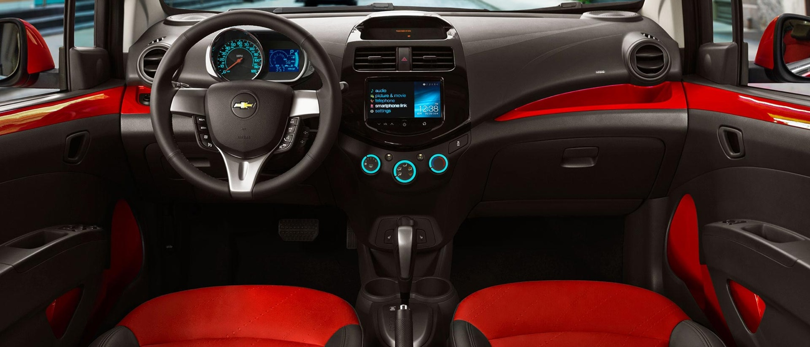 Front Dash interior of 2015 Chevrolet Spark