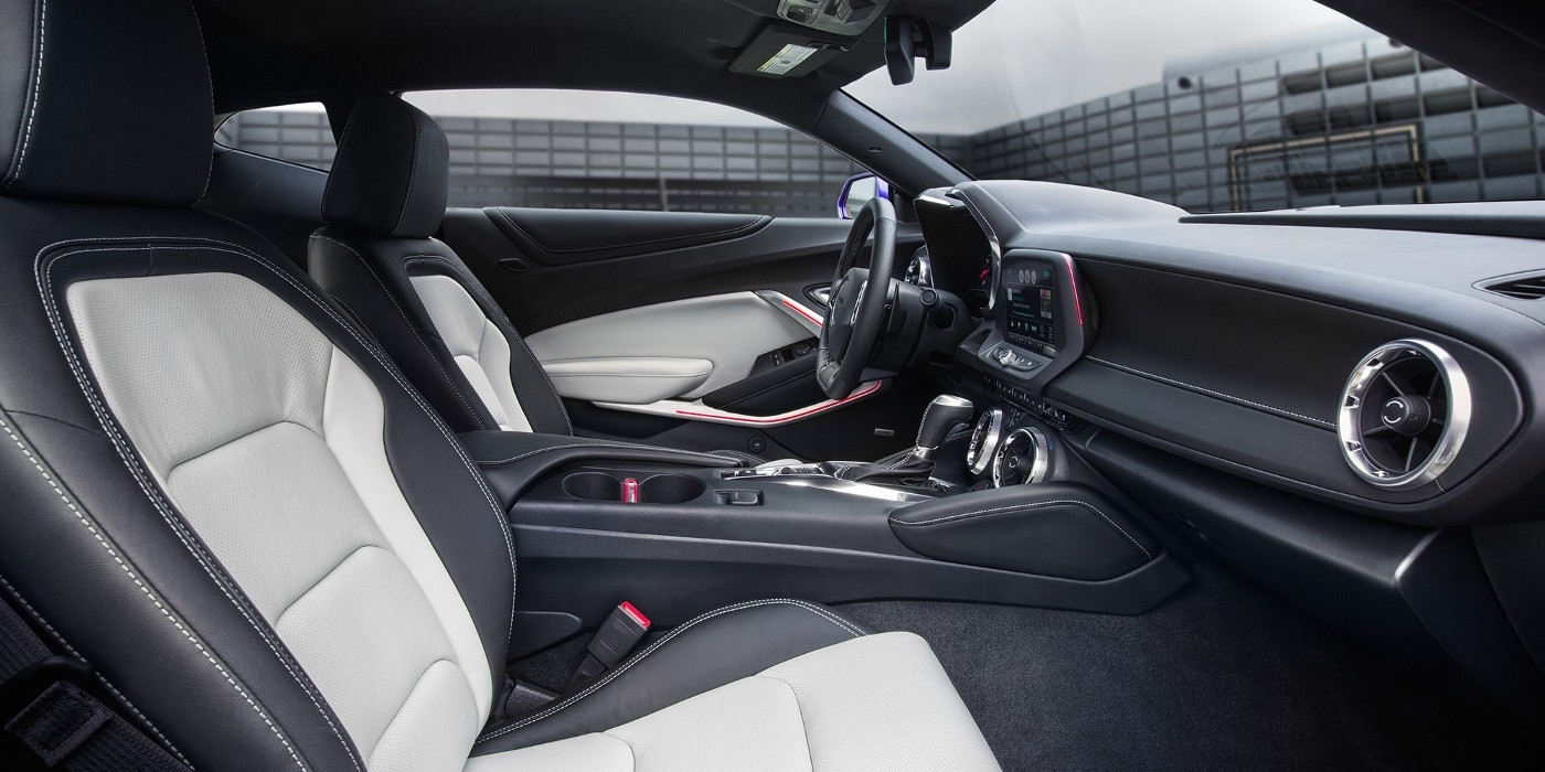 2018-camaro-interior-main