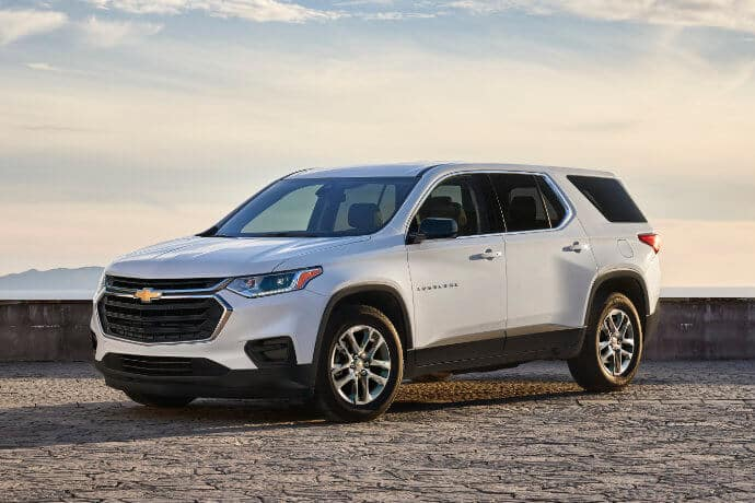 20chevy_traverse_parkedwithview